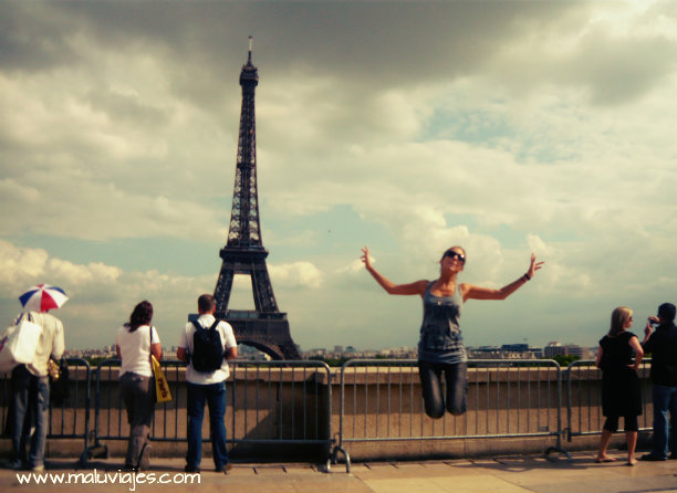 maluviajes-Torre-Eiffel-Paris-Francia